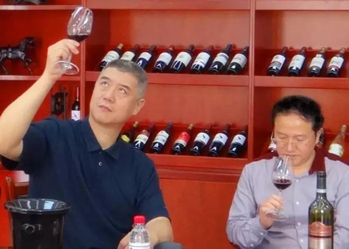 著名篮球评论员徐济成来访